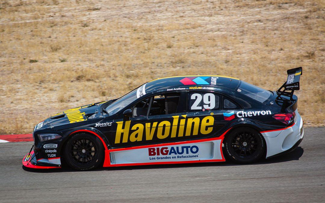 """José Arellano y el Chevron Havoline Racing Team triunfan con doble """"Pole Position"""""""
