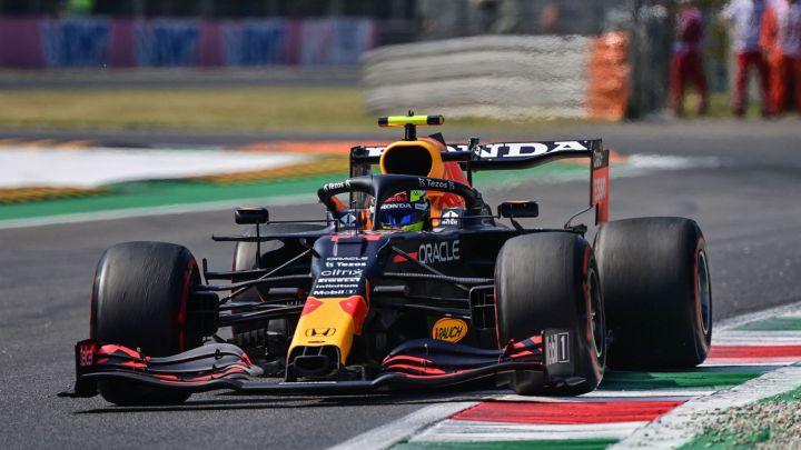 Errores del equipo Red Bull le costaron el podio a Checo Pérez