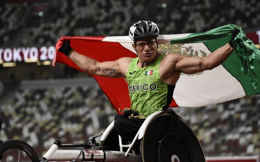 Juan Pablo Cervantes consigue la medalla 14 para México