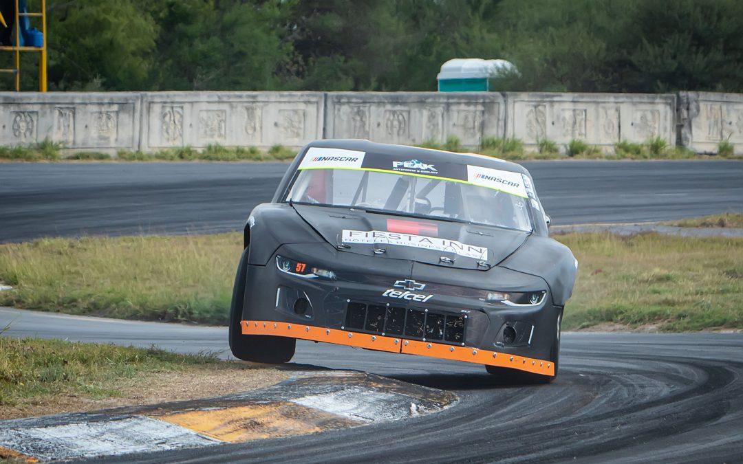 SANCIÓN COMPLICÓ A RUBÉN ORTÍZ EN NASCAR CHALLENGE MONTERREY