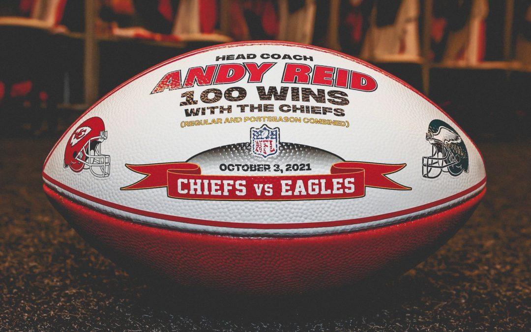 Andy Reid de los Chiefs se convierte en el primer entrenador en jefe con 100 victorias para dos equipos
